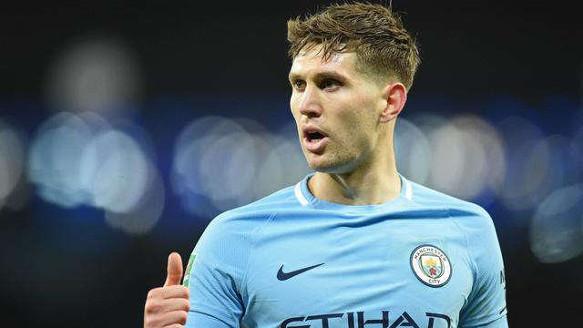 Arsenal Tertarik Datangkan Bek Flop Manchester City